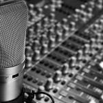 MIcrofono e mixer doppiaggio